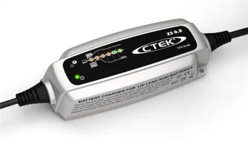 CTEK 56-840 akkumulátor töltő