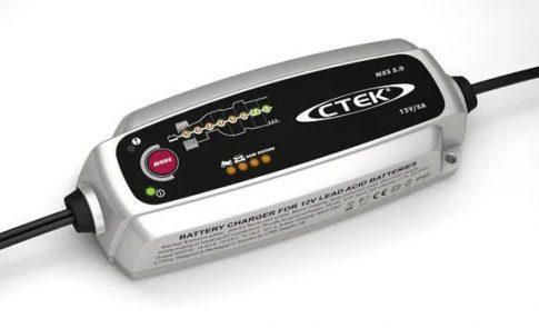 CTEK 56-999 akkumulátor töltő