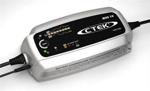CTEK 56-844 akkumulátor töltő